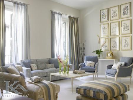 Inspiratie pentru o Camera de zi in Bej, Maro si Albastru - KA International